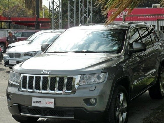#JEEP GRAND CHEROKEE OVERLAND 5.7 4X4 AUT  Año 2012 Click » https://t....
