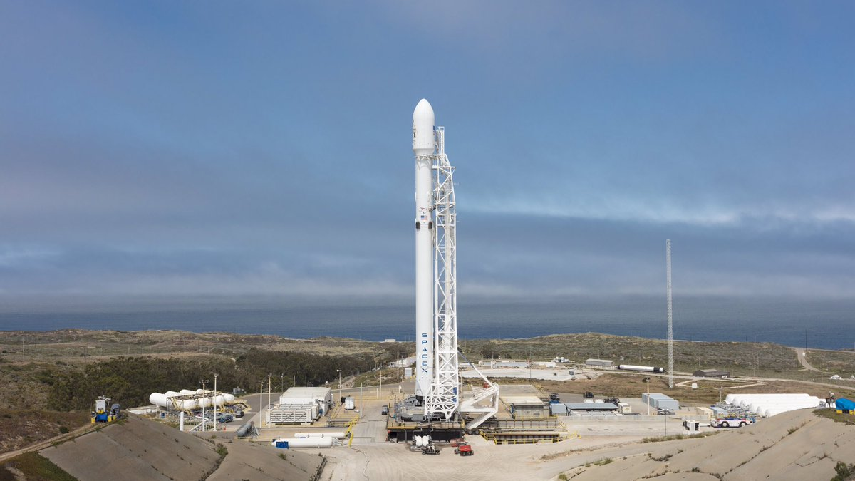 Falcon 9 and 10 @IridiumComm NEXT satellites are vertical on SLC-4E at Vandenberg Air Force Base in California.