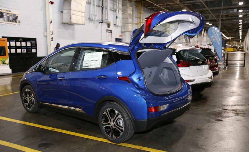 37% of Norway&#39;s new cars are electric. They expect it to be 100% in just 8 years.  http:// thkpr.gs/edeac854f1e  &nbsp;   <br>http://pic.twitter.com/611zz5YuNc #Climat…
