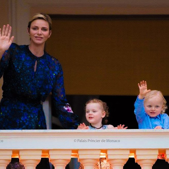 #PrincessCharlene , #PrincessGabriella &amp; #PrinceJacques watch the traditional festivities of St. John&#39;s Day in #Monaco  #FêtedelaSaintJean<br>http://pic.twitter.com/vB9a08WTfW