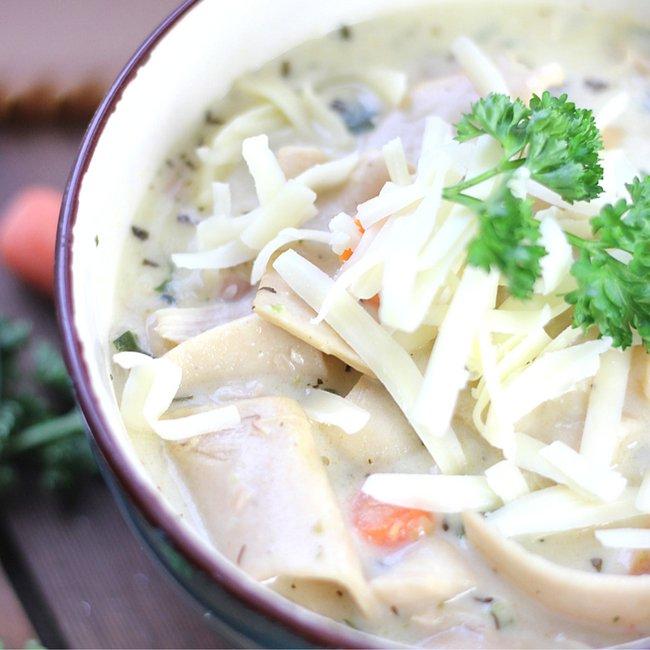 One Pot White Chicken Lasagna Soup - comfort food heaven! https://t.co...
