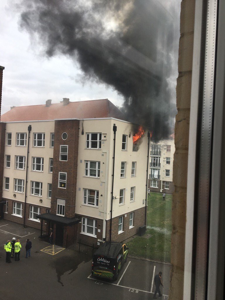 #BethnalGreen Fire in flat on the 3rd floor of a block of flats on Turin Street  #E2 One person was taken to hospital Pic @dionysislivanis<br>http://pic.twitter.com/nj6ipbynxD
