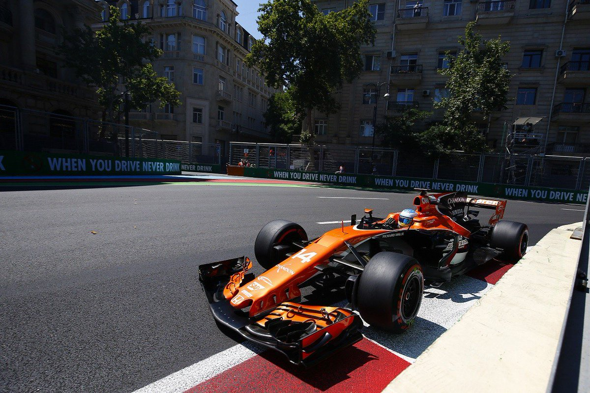 マクラーレン、スペック3エンジンの効果は認めるも「これほど辛い週末は初めて」/F1アゼルバイジャン土曜 #F1 #f1jp https://...