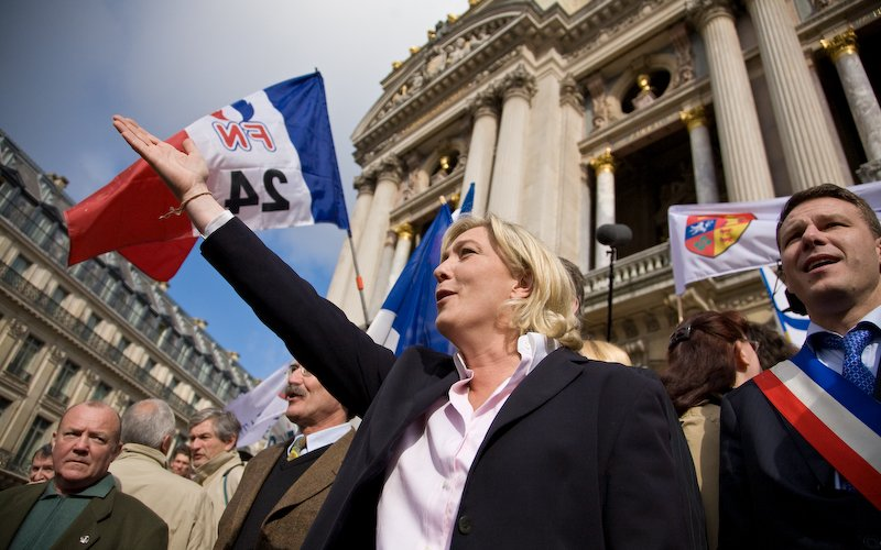 #MarineLePen Didn't Win Over Women. Can Anyone on the #FarRight?  http:// ow.ly/Ls3P30cPeH1  &nbsp;  <br>http://pic.twitter.com/ZgA3IDzRuy