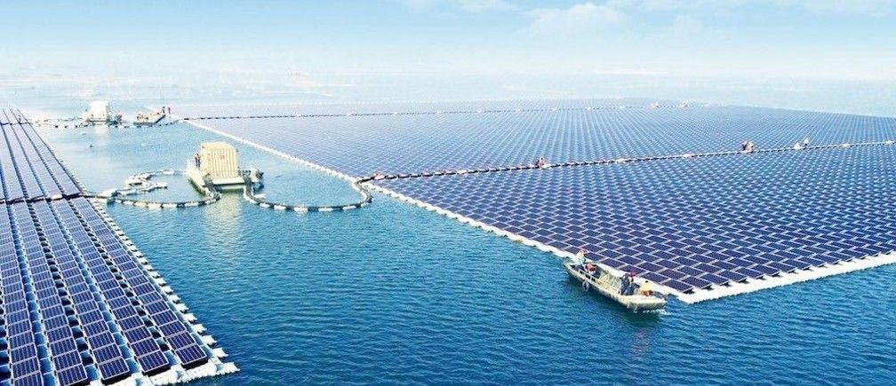 China launches largest floating #solar power plant on earth, Trump pushes pipelines  http:// buff.ly/2s1Qza5  &nbsp;    #NoKXL #NoDAPL #StopKM #divest<br>http://pic.twitter.com/YT29c93pYl