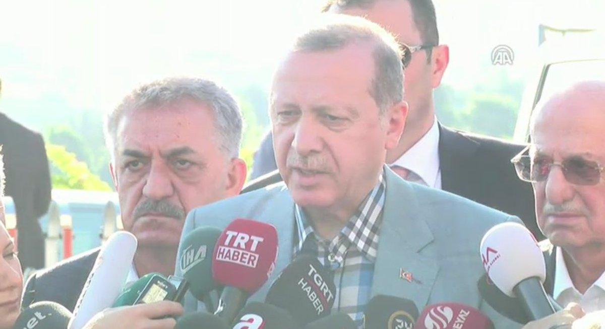 [Canlı yayın] Cumhurbaşkanı Erdoğan açıklama yapıyor https://t.co/PEXO...