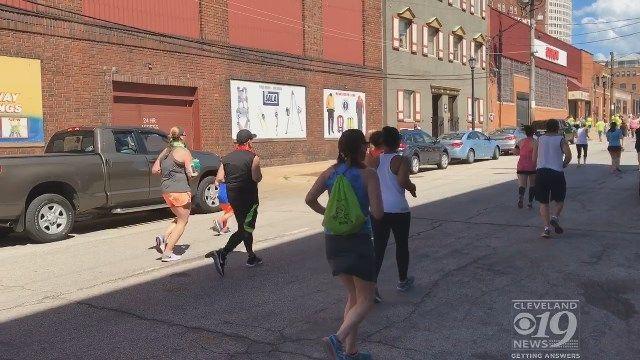 Proceeds from Parrot Head Run go towards foster program in Ohio https://t.co/Xs0oPqG3zU