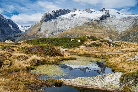 Snow-covered mountains #Valais #Switzerland  http:// matthias-hauser.artistwebsites.com/featured/mount ain-landscape-water-reflection-swiss-alps-matthias-hauser.html &nbsp; …  #Swiss #Alps #fineart<br>http://pic.twitter.com/ku6gI5W1aq