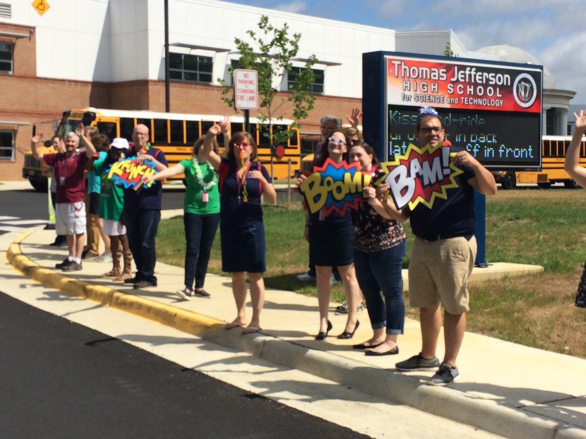 Bye bye buses!  Have a great summer.  Goooooo Colonials!!!! <a target='_blank' href='https://t.co/rIW8ouN1HR'>https://t.co/rIW8ouN1HR</a>