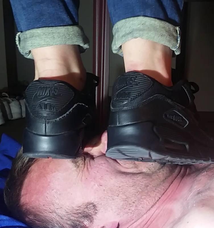 hot sale online a564b 72543 ... trample master 559 PM - 24 Jun 2017 black nike air ...