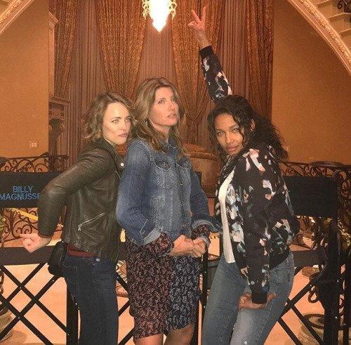 Mais uma foto da Rachel com amigos nas gravações do filme #GameNight!...