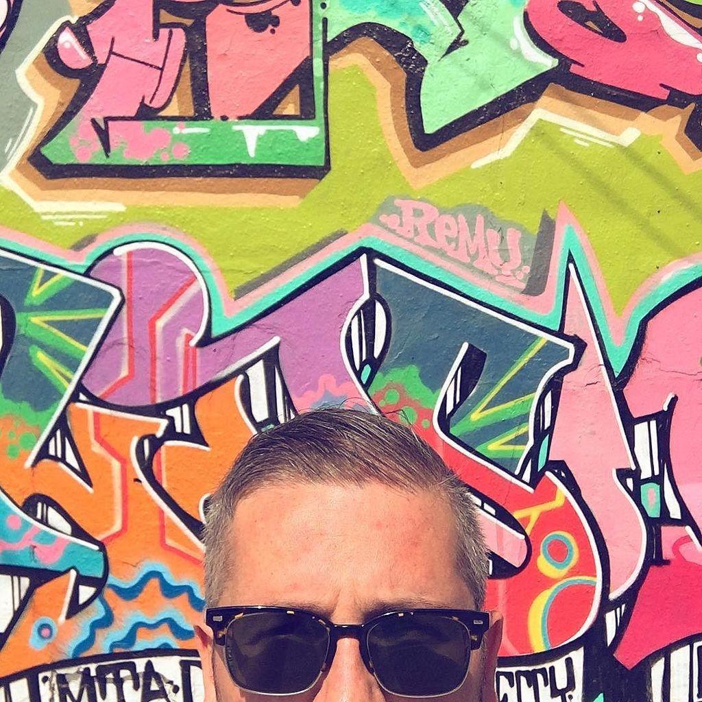 #PQLking at more graffiti?  http:// ift.tt/2sE5A0v  &nbsp;  <br>http://pic.twitter.com/hsXMMrPJ1f