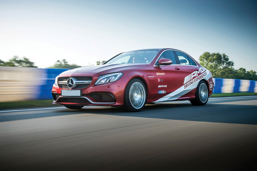 "Wondering what you might get to experience on a Mercedes Benz driving day? Read on... <a href=""https://t.co/gEVqw9rLjY"" target=""_blank"">https://t.co/gEVqw9rLjY</a> <a href=""https://t.co/JqvEBdWteN"" target=""_blank"">https://t.co/JqvEBdWteN</a>"