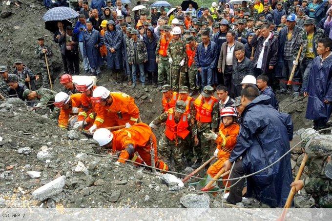 Glissement de terrain en Chine: 15 morts, plus de 100 disparus https://t.co/AYdn9nhXx7