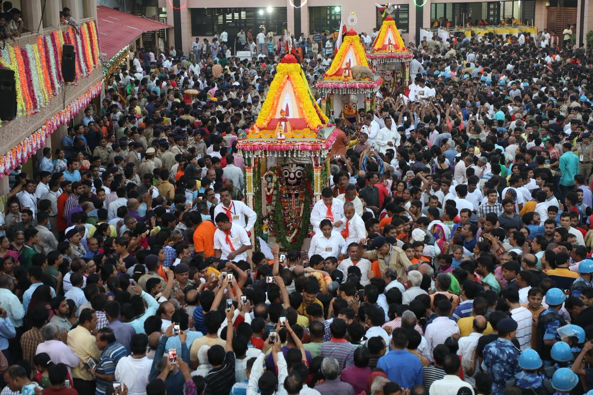 Amid auspicious 'Ami Chhatna' 140th rath-yatra concludes peacefully,Lord to wait for entry into temple till tomorrow