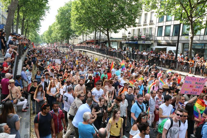 Marche des fiertés : des milliers de personnes ont marché hier, samedi, pour demander 'la PMA pour toutes' https://t.co/RlKQVgxhqd
