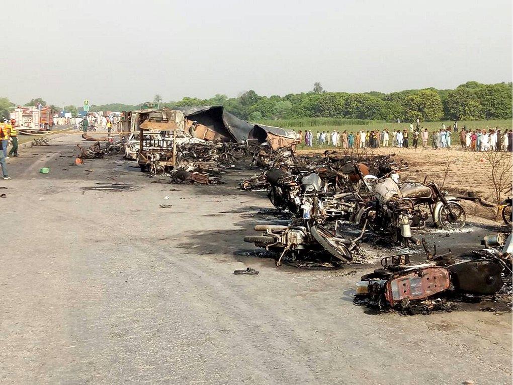 Update: 123 killed, over 100 injured in oil tanker fire in Pakistan's eastern Punjab province https://t.co/vWTaqsnwWx