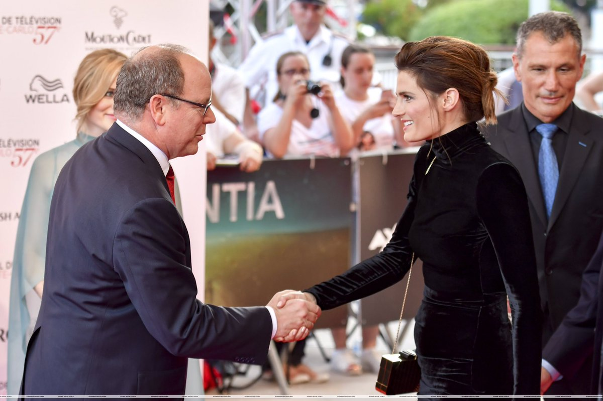 +2 HQ  #StanaKatic at the 57th Monte-Carlo Television Festival - Red Carpet   http:// stanakaticitaly.com/galleria/thumb nails.php?album=714 &nbsp; …  #Absentia #TVF17<br>http://pic.twitter.com/yQeAHuJ68t