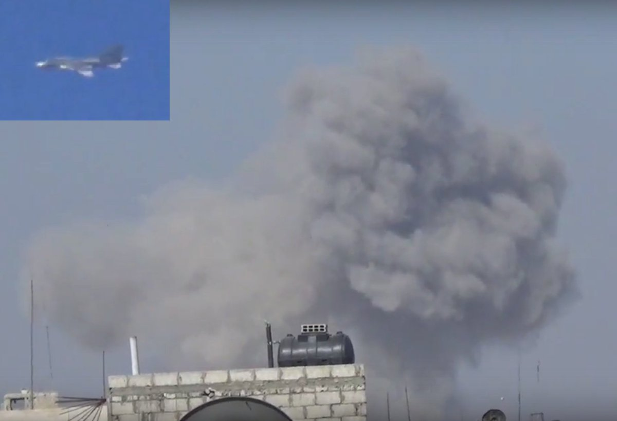 #Damascus this morning: The #Assad air force bombs the last part of the capital, held by the Syrian opposition.  https://www. youtube.com/watch?v=rW-v_2 PHnyU&amp;feature=youtu.be &nbsp; … <br>http://pic.twitter.com/meVRFxO7mM