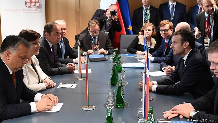 While #Merkel and #Macron celebrated + relations this week, divisions between western &amp; eastern EU leaders grew  http:// p.dw.com/p/2fKWi  &nbsp;  <br>http://pic.twitter.com/Re3az0Iaub
