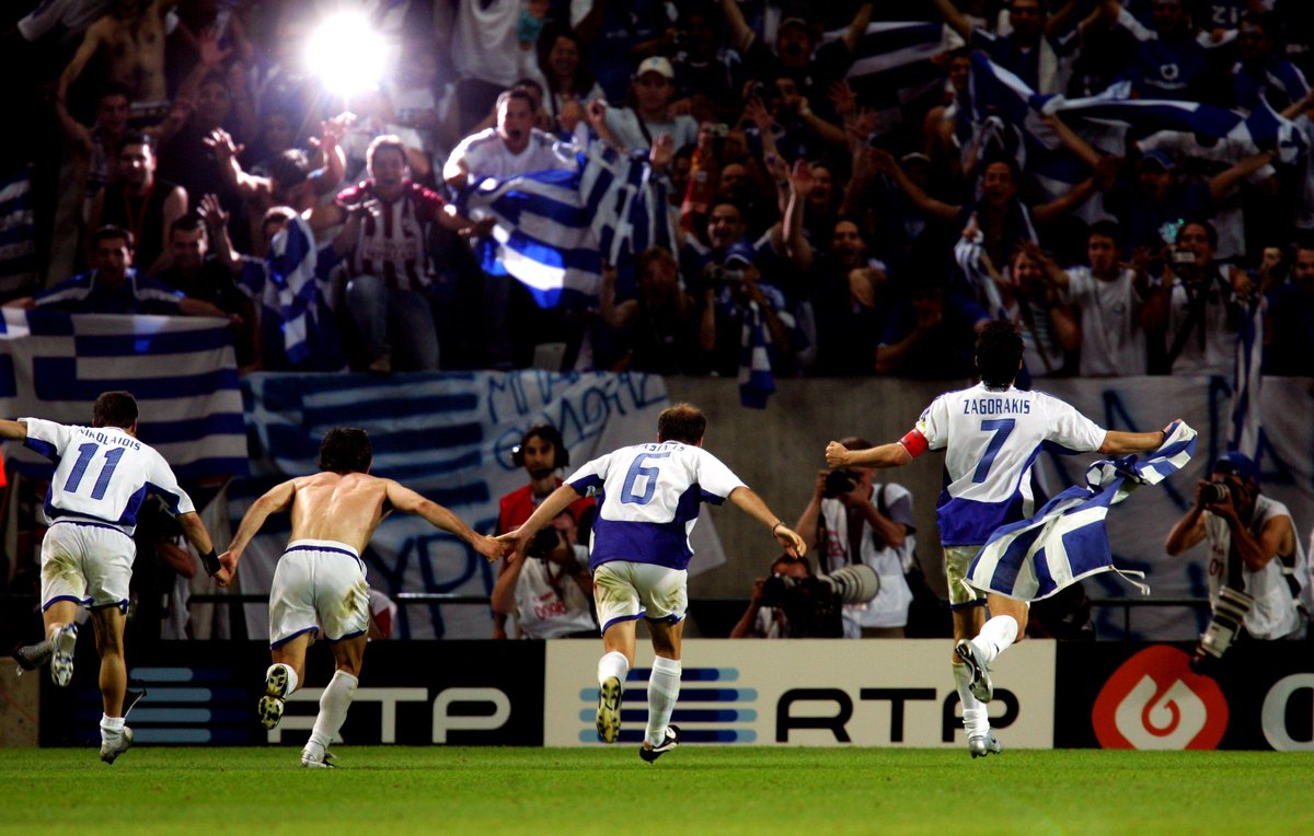 #OnThisDay in 2004, Greece stunned France with a 1-0 win to put themselves in the Euro 2004 semi-finals