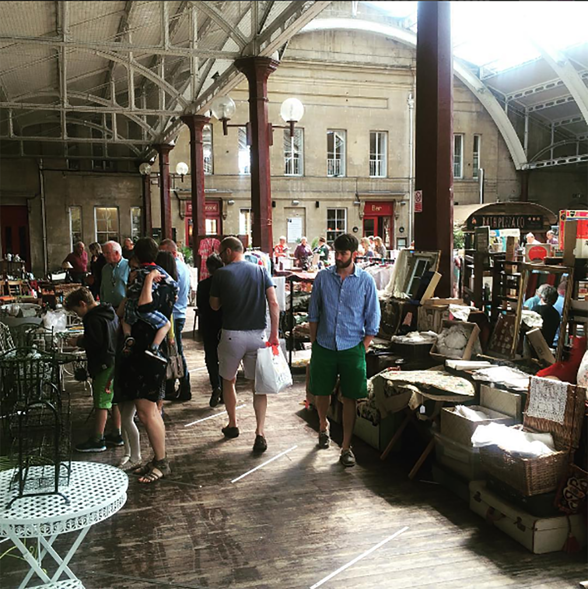 TODAY Sun 25th June, 8-4pm #free entry #BATH #Vintage #Antiques #Market #midcentury #Art #Fashion #Furniture @bathindiechat @AskBath<br>http://pic.twitter.com/TDFfkIfj8A