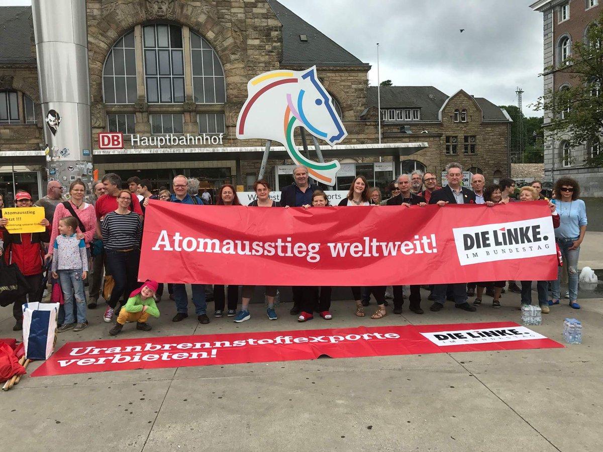 Auf dem Weg zur Menschenkette #StopTihange - On the way to human chain...
