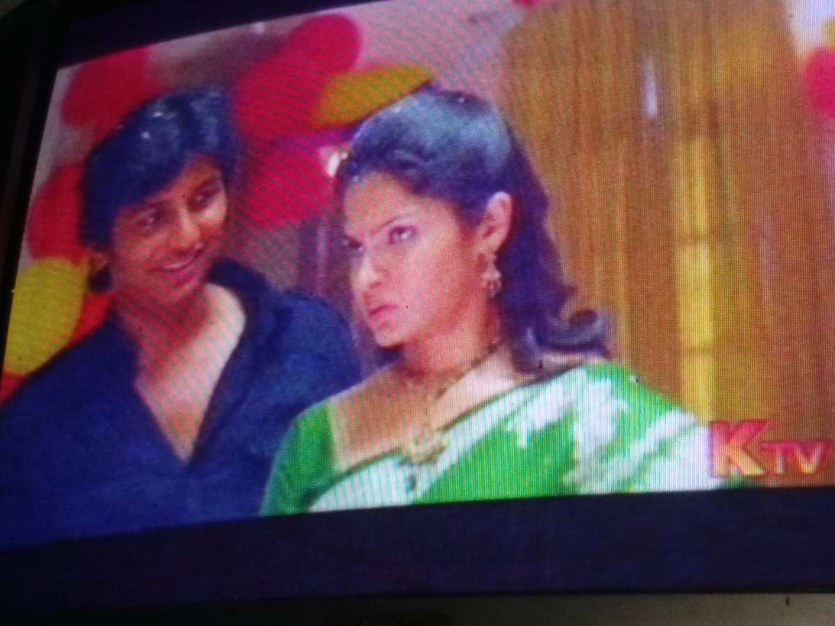 @Actorjiiva watching one of my all time favorite movie #Sms @ktv #Anna Pls do this kind of movies again once. @rajeshmdirector ?<br>http://pic.twitter.com/1XSA5FKgL0
