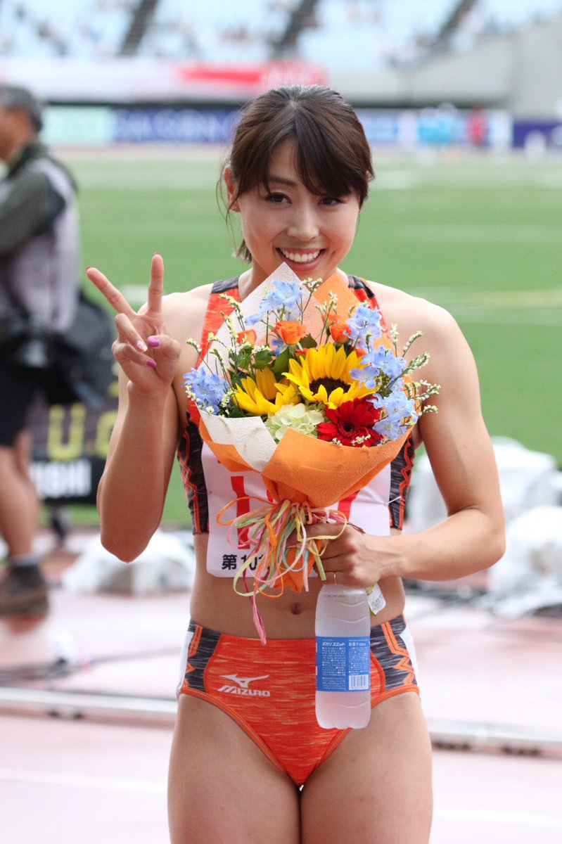 市川華菜 ... 優勝市川華菜(ミズノ)23.63 -0.2  「日本選手権という一番大きな試合でタイトルを取れたことは、すごく嬉しい。(100m優勝で)少し自信があったので自分のレース ...