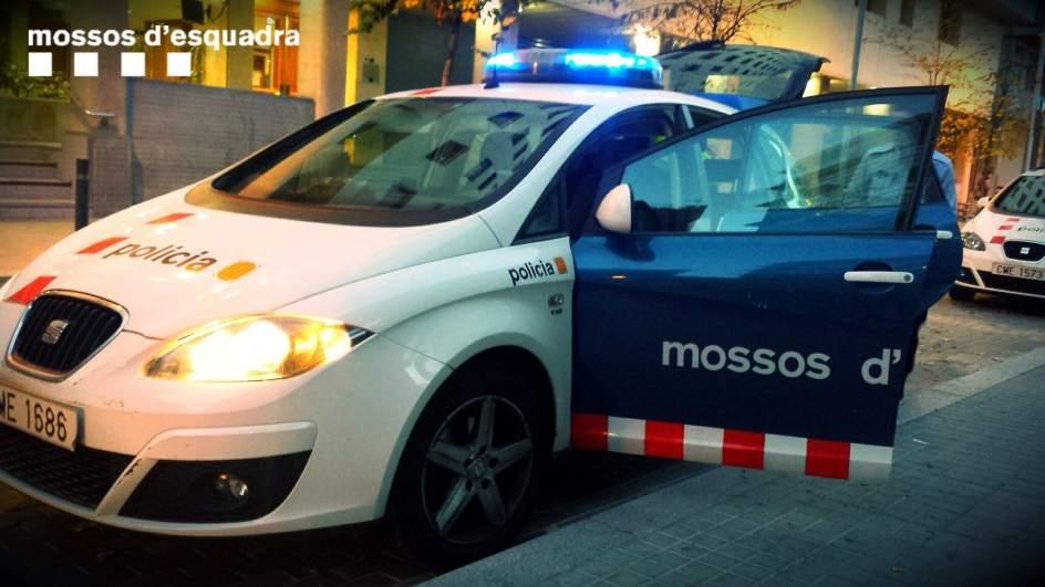 #ÚltimaHora Un hombre se entrega a los Mossos en Salou diciendo que ha...
