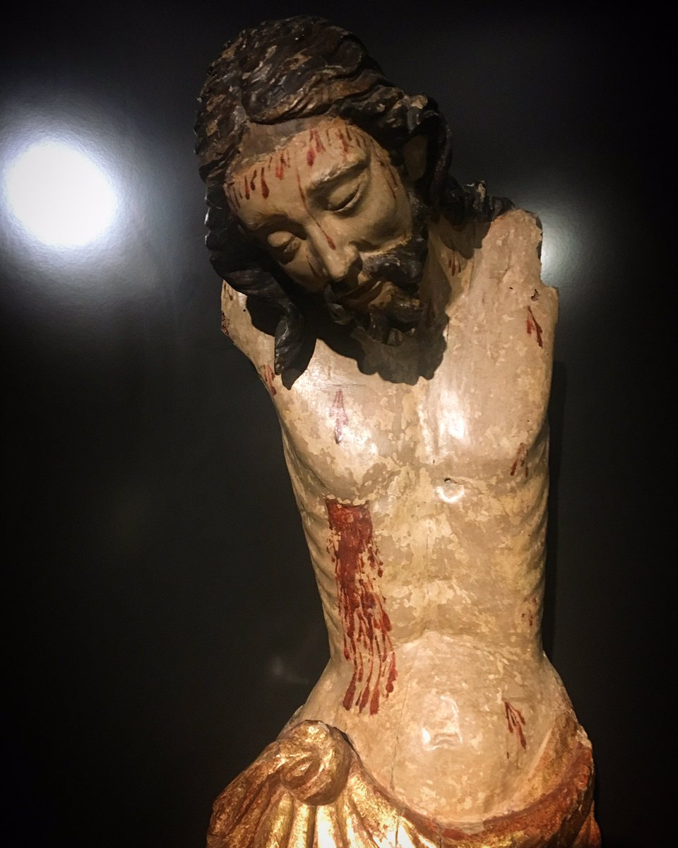 #throwback to the Rijks, and one of the most emotive crucifixes I&#39;ve ever seen. France, c. 1260s #amsterdam #rijksmuseum #travels<br>http://pic.twitter.com/RWHCTiAqEL