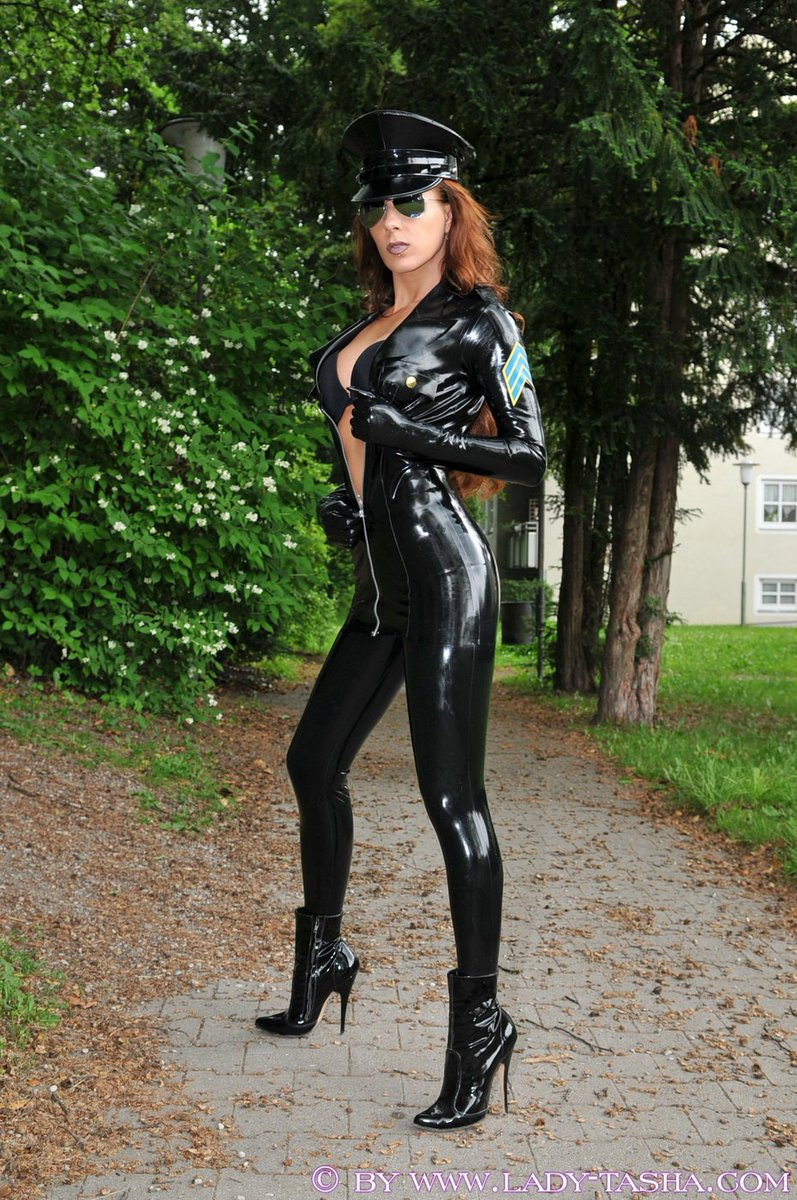 #LadyTasha Perfection ! #Model #Fashion #Gorgeous #Beauty #Amazing #Outfit #Latex #Classy #Shiny <br>http://pic.twitter.com/CFXizlhoxH