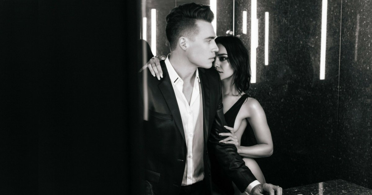 Last day to stream #RemindingMe to unlock an exclusive behind the scenes video from @ShawnHook  +@VanessaHudgens!   http:// promo.digster.fm/remindingme  &nbsp;  <br>http://pic.twitter.com/6ILsmqkNfT