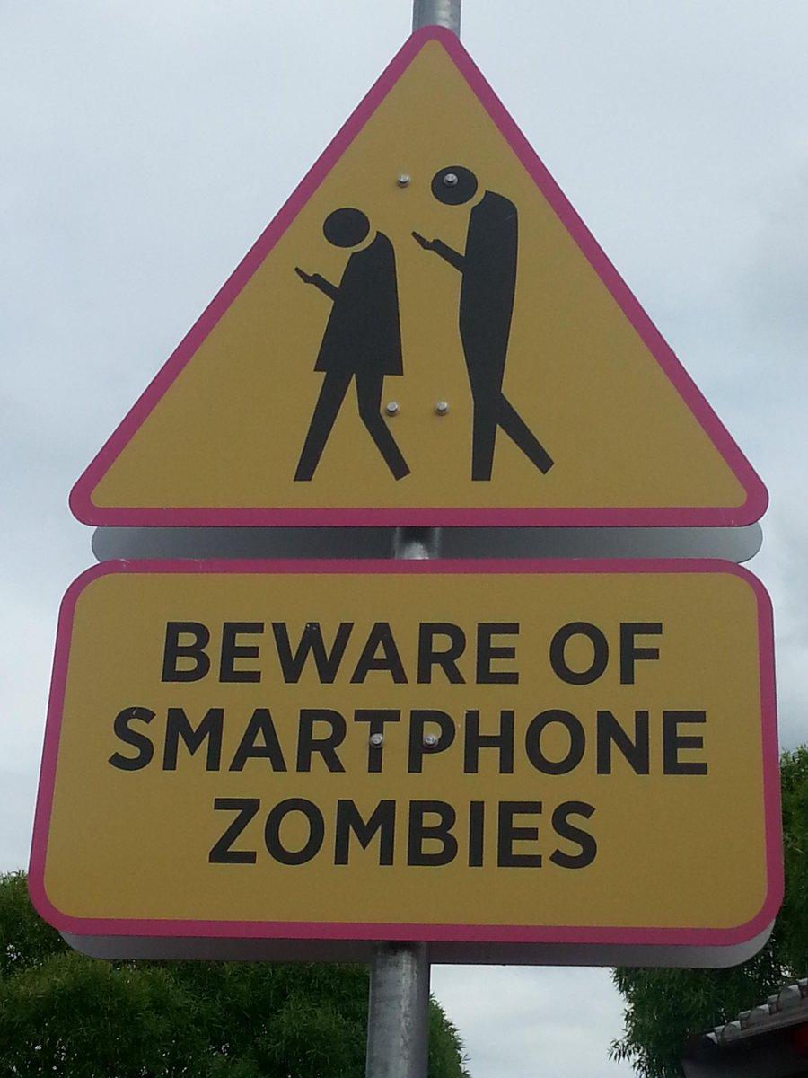 A street sign in Finland #car #humor <br>http://pic.twitter.com/Zt5QaSsHYF