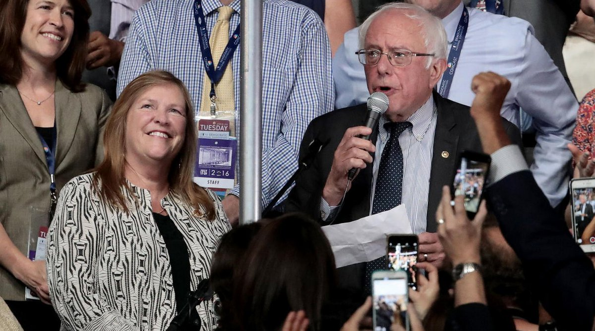 Bernie Sanders responds to ongoing probe into wife's 2010 bank loan: 'I don't think it'll be a distraction.' https://t.co/5Y9LrImSXO