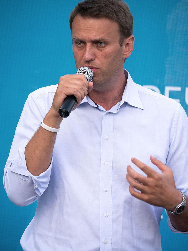 #AlexeiNavalny, nicknamed &quot;the man #VladimirPutin fears the most&quot;, has been rushed to the hospital with a high fever. <br>http://pic.twitter.com/eyrVVMyXm7