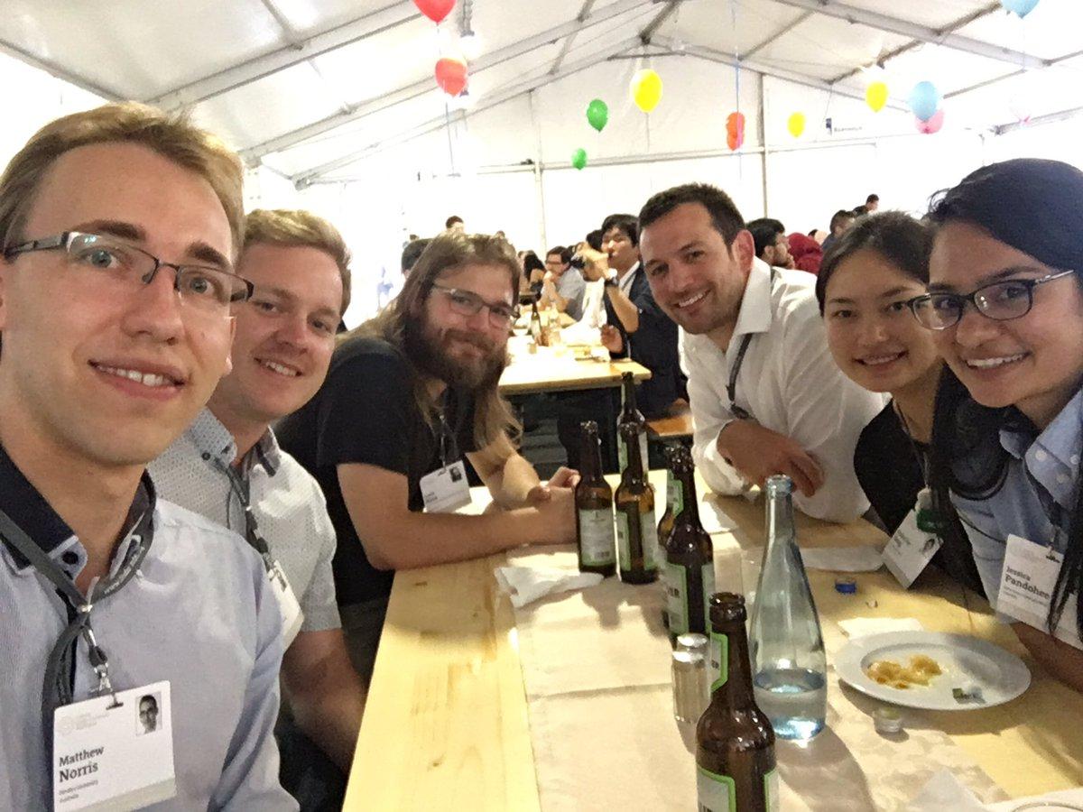 #LiNo17 opening dinner function with fellow Australians! #firsttweet @hi_jiang @jesspndh @lindaunobel @Science_Academy @SIMBAatUQ @RACI_HQ<br>http://pic.twitter.com/hbL30blpUi