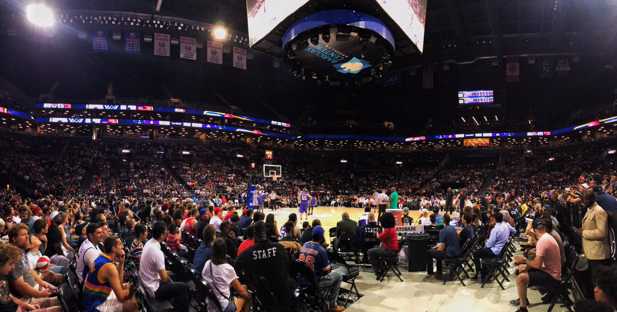 Crowd is looking 🔥🔥🔥🔥 #Big3BKLYN #Big3 https://t.co/AuRAwI4qwI
