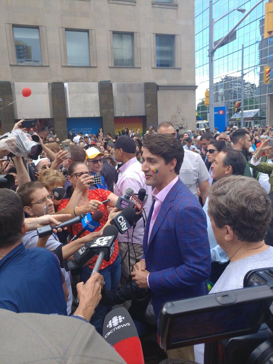 Our PM @JustinTrudeau is here on @PrideToronto parade. #justintrudeau...