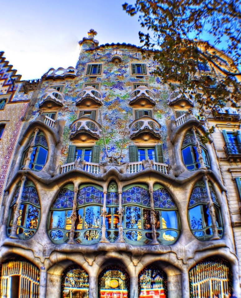 Jim Harris On Twitter Antoni Gaudi Spanish Architect Was Born 165 Years Ago In 1852 Barcelona Architecture Innovation Creativity Art Beauty