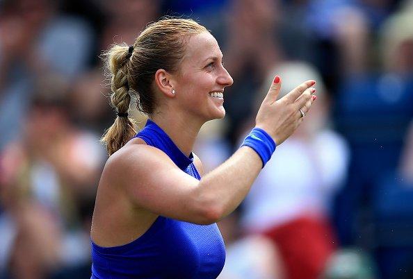 BREAKING: @Petra_Kvitova beats @ashbar96 4-6 6-3 6-2 to win final of A...