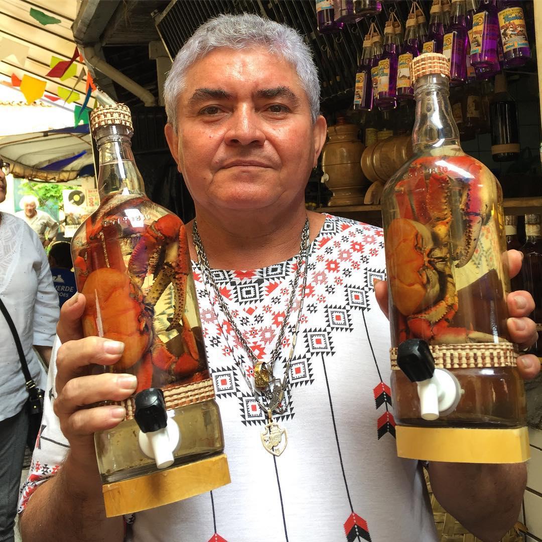 @blogmochilando @essemundoenosso @EstadaoViagem @GovernoMA @PrefeituraSL @FlavioDino @IphanGovBr #FestejosJuninos  Você encara essa cachaça com caranguejo, aqui em São Luís? 🍶 https://t.co/wTWFs0no42