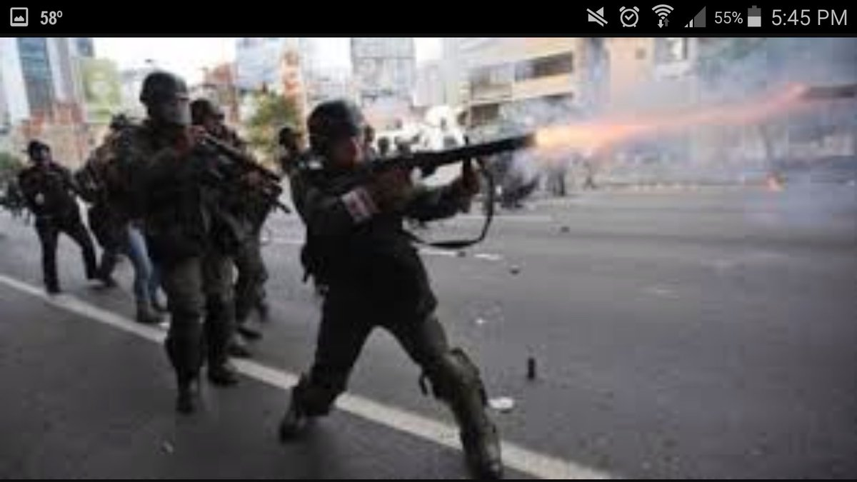 @WellingMichael #Venezuela's GNB violates #humanrights which can be seen online #worldwide. GNB shoot unarmed people fighting for #democracy<br>http://pic.twitter.com/FEeAgeBeru