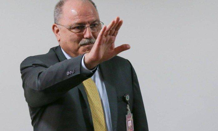 Perfil: General Sérgio Etchegoyen, o novo homem forte de @MichelTemer. https://t.co/QczHhiEtb1