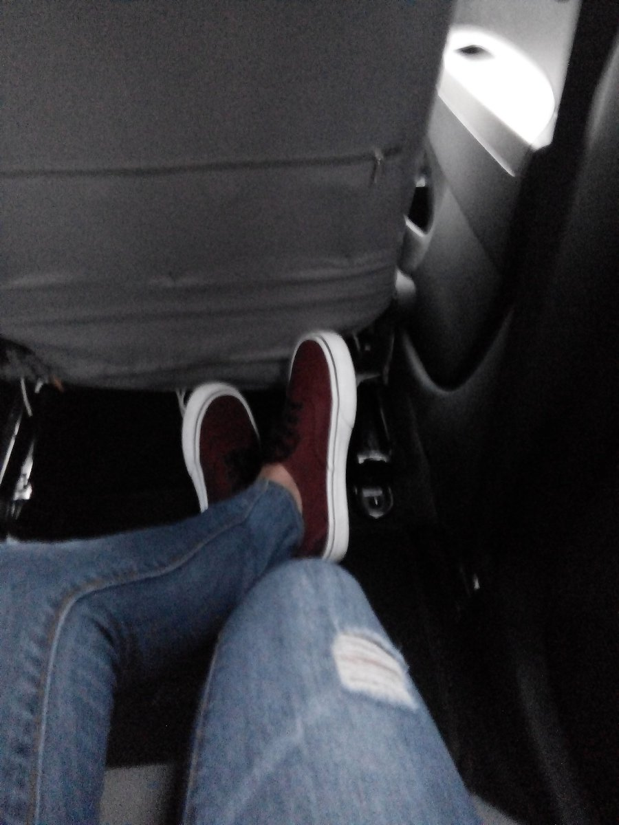 Lovin&#39; my new shoes.  Grad gift from Mi Amore  #Vans <br>http://pic.twitter.com/zcAxC5j4QN