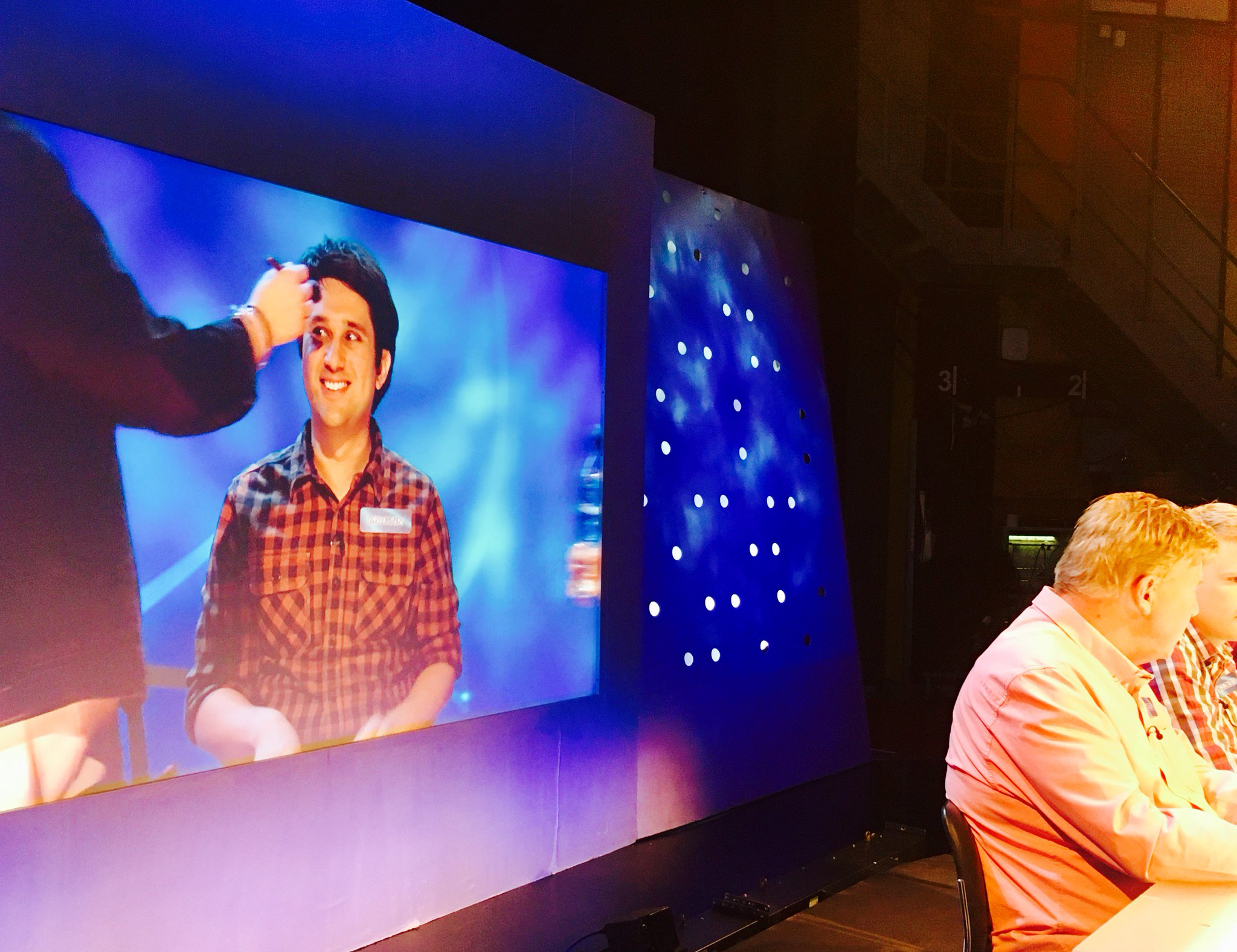 It's only @Ed_Miliband in the #Eggheads studio today https://t.co/TizGhL7bDl