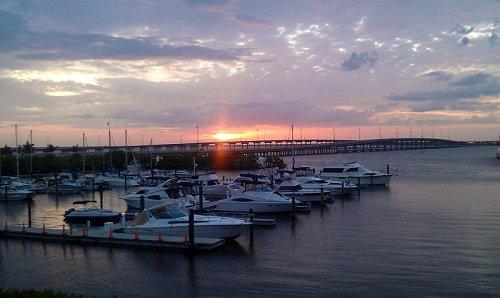 Beautiful #sunset over Charlotte Harbor in Punta Gorda, Florida.  #SundaySunsets #LoveFL https://t.co/ShZSnashZx