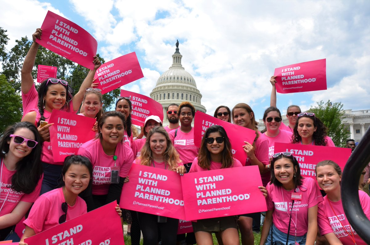We know what happens when politicians block care at Planned Parenthood. In TX, 44K less got care: https://t.co/3JuyuD6NUU #StandWithPP