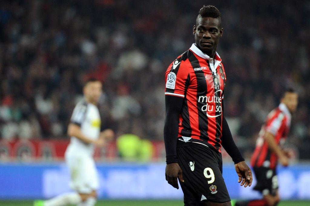 Mario Balotelli has signed a new one-year contract with Ligue 1 side N...