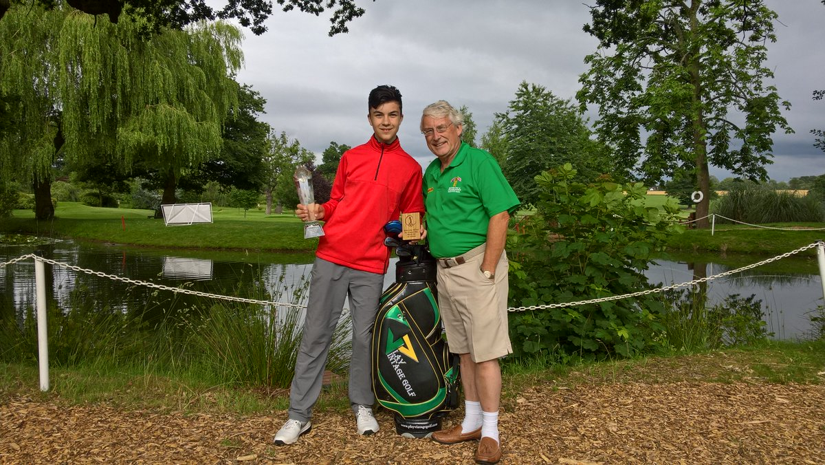 Gr8 job by @JacobJonesgolf securing his place to play @BritishPar3 Aug 9&amp;10 for 2nd year running with a +5 score of 59 #golfchat #sport <br>http://pic.twitter.com/h8N0RlCHhJ